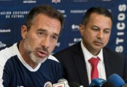 Kosta Rikos treneris dėl neįprastos priežasties metė darbą rinktinėje