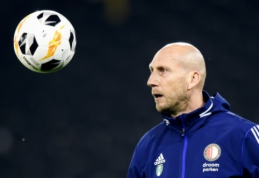 """J. Stamas pasitraukė iš darbo """"Feyenoord"""" klube"""