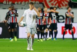 """""""Bayern"""" – sutriuškintas Frankfurte, """"Gladbach"""" ir BVB šventė pergales"""