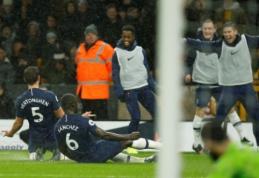 """""""Man Utd"""" neįveikė """"Everton"""", """"Tottenham"""" per pridėtą laiką palaužė """"Wolves"""""""