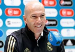 """Z. Zidane'as: """"Manau, kad esu patobulėjęs kaip treneris"""""""
