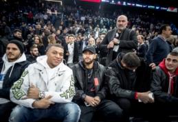 NBA rungtynėse Paryžiuje – PSG futbolininkų desantas