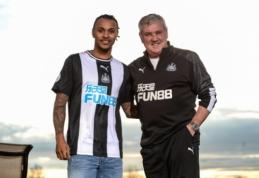 """Oficialu: """"Newcastle"""" iki sezono pabaigos pasiskolino V. Lazaro"""