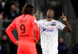 """Aštuonių įvarčių trileris Prancūzijoje baigėsi PSG ir """"Amiens"""" lygiosiomis"""