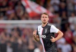 """""""Juventus"""" žvalgosi pirkėjų A.Ramsey"""