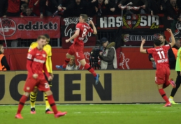 """Septynių įvarčių trileris Vokietijoje baigėsi įspūdinga """"Bayer"""" pergale"""