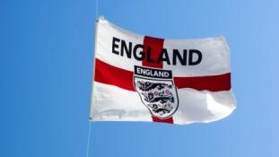 G. Neville'o žinutė Anglijos futbolo gerbėjams: nustokite pervertinti mūsų žaidėjus