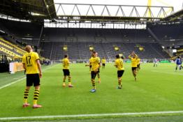 """""""Bundesliga"""" sugrįžimas pažymėtas BVB įvarčių fiesta"""