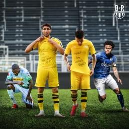 Bundeslygos žaidėjai vienijasi kovai su rasizmu