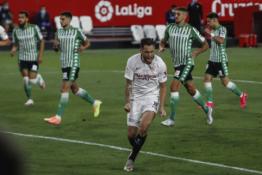 """La Liga"" grįžo: ""Sevilla"" miesto derbyje pranoko ""Real Betis"""