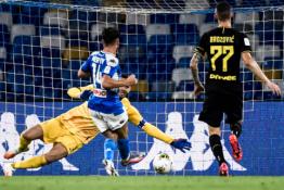 """Istorinis D. Mertenso įvartis atvėrė """"Napoli"""" ekipai duris į Italijos taurės finalą"""