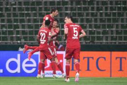 """""""Bayern"""" klubas 30-ąjį kartą tapo Vokietijos čempionu"""