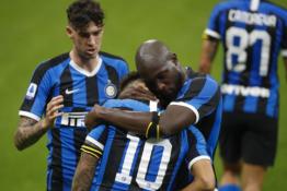 """""""Inter"""" namuose susitvarkė su """"Napoli"""" ekipa"""