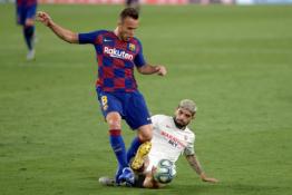 """Derybų pabaiga: Arthuras pasiekė susitarimą su """"Juventus"""""""