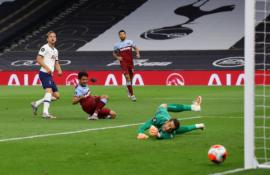 """""""Totteham"""" antrajame kėlinyje palaužė """"West Ham"""" pasipriešinimą"""
