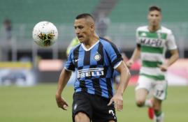 """""""Inter"""" artėja prie susitarimo su """"Man Utd"""" dėl A. Sanchezo"""
