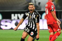 """""""Ligue 1"""" rungtyniaujantis F.El Melalis viešoje vietoje šokiravo moterį"""