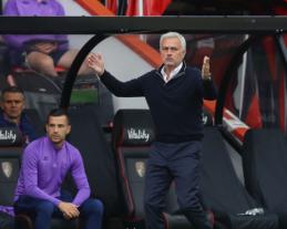 """J. Mourinho pašiepė """"Man Utd"""" 11 metrų baudinių rekordą"""