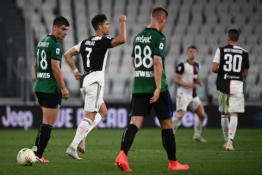 """Du 11 metrų baudiniai išgelbėjo """"Juventus"""" nuo pralaimėjimo mače su """"Atalanta"""""""
