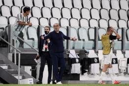 """M. Sarri: """"Juventus"""" komandai Čempionų lygos turnyras yra tarsi užkeiktas"""""""