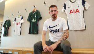 "Oficialu: ""Tottenham"" įsigijo P-E. Hojbjergą"