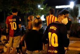 """""""Barcelona"""" fanai reikalauja J. M. Bartomeu atsistatydinimo"""