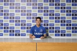 """Oficialu: J. Rodriguezas keliasi į """"Everton"""""""