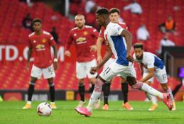 """""""Man Utd"""" sezoną pradėjo skaudžiu pralaimėjimu namuose"""