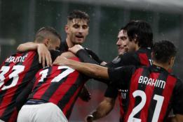 """""""AC Milan"""" sėkmingai žygiuoja """"Serie A"""" pirmenybėse"""
