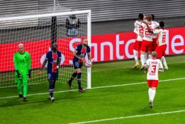 Devyniese rungtynes užbaigę PSG futbolininkai patyrė antrąjį pralaimėjimą Čempionų lygoje