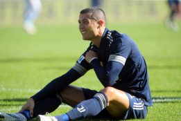 """C. Ronaldo išlaiko didžiulį populiarumą Italijoje: pasitiko """"Juventus"""" sirgalių minia"""