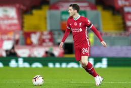 """""""Liverpool"""" lieka be pagrindinių ekipos gynėjų: traumą patyrė ir A. Robertsonas"""