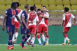 """Dviejų įvarčių deficitą panaikinusi """"Monaco"""" ekipa palaužė PSG"""