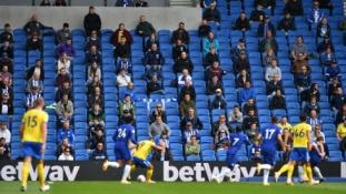 """""""Premier"""" lygos klubams – pozityvios naujienos dėl fanų sugrįžimo į stadionus"""