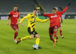 """Vokietijos pirmenybėse – skaudus """"Borussia"""" pralaimėjimas"""