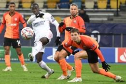 """""""Real"""" Čempionų lygoje dar kartą suklupo prieš """"Šachtar"""", """"Salzburg"""" susidorojo su """"Lokomotiv"""""""