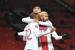 """ČL: PSG pasiekė revanšą prieš """"Man Utd"""", O. Giroud subombardavo """"Sevilla"""" ekipą"""