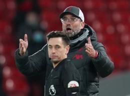 "J. Kloppas po pergalės prieš ""Tottenham"" ir vėl skundėsi VAR sistema"