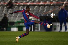"""""""Barcelona"""" nerealizavo dviejų 11 metrų baudinių, tačiau žengė į kitą Karaliaus taurės etapą"""