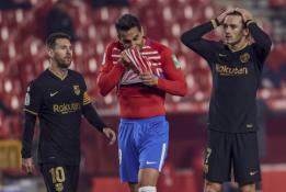 """Rungtynių pabaigoje prabudusi """"Barcelona"""" tik po pratęsimo nukovė """"Granada"""""""