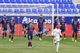 """""""Real"""" išvykoje tik po atkaklios kovos palaužė """"Huesca"""""""