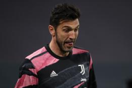 """G. Buffonas palieka """"Juventus"""" klubą"""