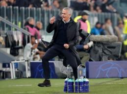 """Oficialu: J. Mourinho kitą sezoną treniruos """"Romą"""""""