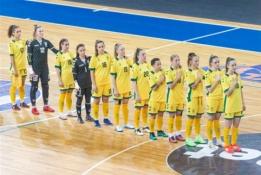 Moterų futsal rinktinė turnyrą pradėjo beviltišku pralaimėjimu
