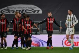 """""""AC Milan"""" išvykoje pažemino """"Juventus"""" ekipą"""