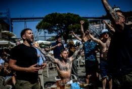 Anglų ekipų fanai jau kelia neramumus Porto mieste