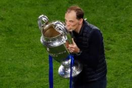 """""""Chelsea"""" įteiks triumfuojančiam Th. Tucheliui naują kontraktą"""