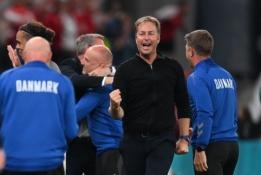 Laimėjusi kovą prieš mirtį, Danija laimėjo ir kovą dėl tiesioginio kelialapio į kitą etapą