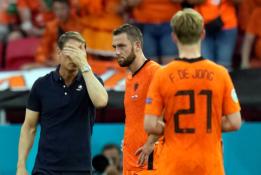 F. de Boeras: tikėjau, kad iki raudonos kortelės mes buvome geresnė komanda