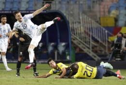 """Copa America"" turnyre – dvigubas argentiniečio ""nuskynimas"""
